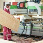 Как изготовить воск для того чтобы обработать деревянные двери
