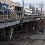 На Шулявском мосту пока разобрали только одну балку