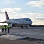 На ремонте аэропорта Херсона обнаружились растраты
