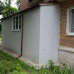Киев сносит незаконные пристройки к домам