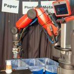 Создан робот для сортировки мусора. Видео