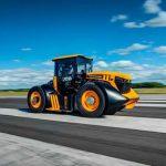 Приколы строительной техники: гонки «Формула-1» на тракторе. Видео