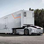 На автодороги мира выходят первые автономные грузовики Volvo. Видео