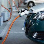 В Украине зарядки для электрокаров сделают обязательными на новых АЗС