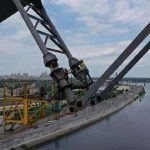 На Подольском мосту скоро начнут разбирать временные опоры