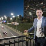 На Столичном шоссе установят 569 новых фонарных столбов