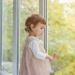 Как обеспечить безопасность детей и защитить ПВХ окна от взлома. Видео