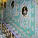 Курьезы: в Киеве из «хрущевки» сделали французский дворец 17-го века. Фото
