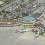 Появился первый в мире аэропорт, работающий только на солнечной энергии