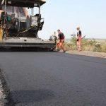 Для строительства дорог в Украину поступают новые шведские асфальтоукладчики
