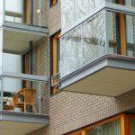 Из-за одного ЖК во всем городе запретили трогать балконы