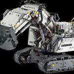 Курьезы: из элементов Lego собрали карьерный экскаватор Liebherr R 9800. Фото и видео