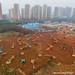 В Китае за 10 дней построили спецбольницу для больных коронавирусом. Фото и видео