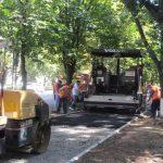 Киев снижает объемы ремонта придомовой территории