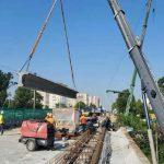 На участке Борщаговского путепровода установили последние балки