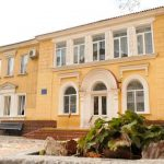 Бердянскую гимназию отремонтируют с пятого захода