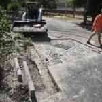 В Деснянском районе некачественно отремонтировали двор