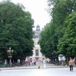 Дорогие фонари на львовском проспекте решили не устанавливать