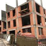 Шестиэтажку рядом с Лаврой строить запретили