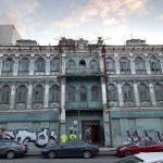 На киевском памятнике не разрешили надстроить этажи