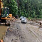 Под Львовом отремонтируют размытую дождем дорогу