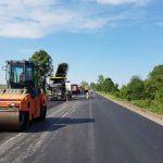 Начался ремонт дороги между Львовом и Волынью