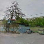 На месте стоянки и детской площадки построят жилье