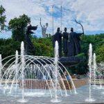 В Киеве построили 10 фонтанов